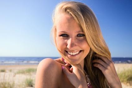 For routine dental care, dental restoration, or dental emergency issues, call the team at Dakota Dental